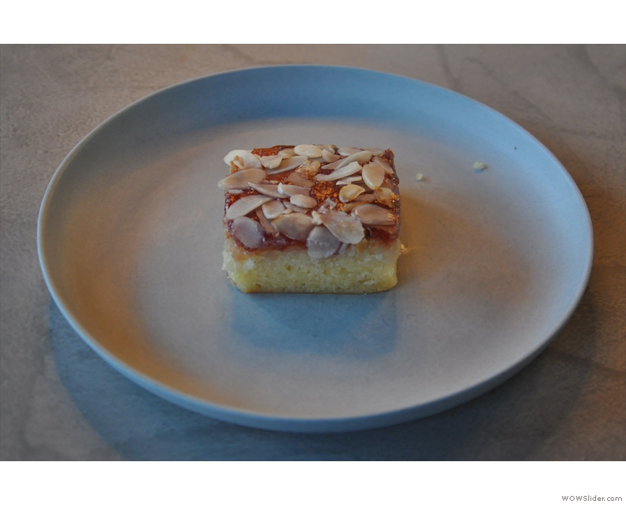 ... and an accompanying slice of Bakewell Tart.