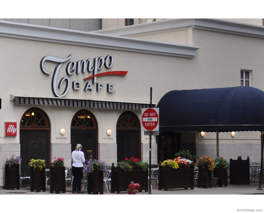Tempo Cafe, my go-to breakfast spot in Chicago, unchanged after many years.