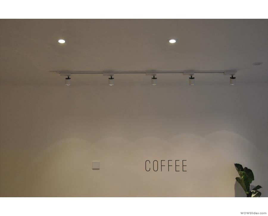 The decor, however, is minimaliast.