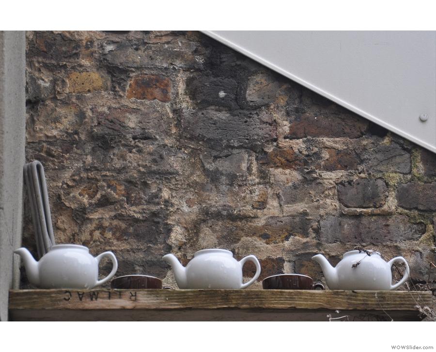 Nice use of tea pots.