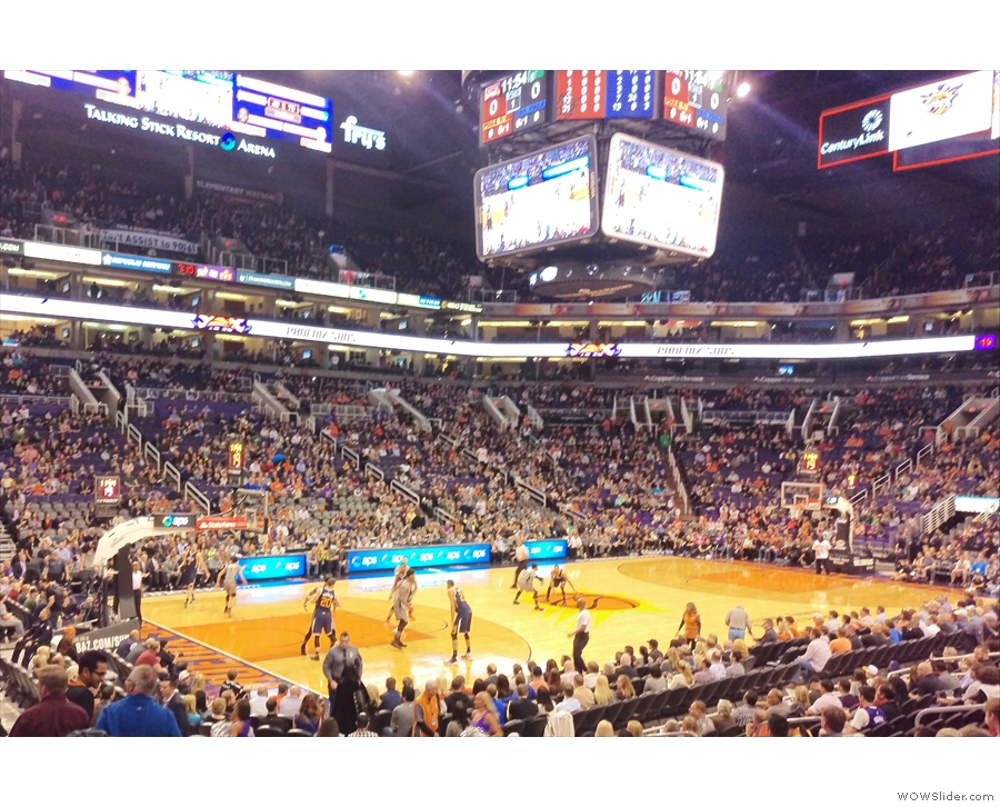 After all that wandering, it was time to sit down and watch some basketball: Suns vs Jazz.