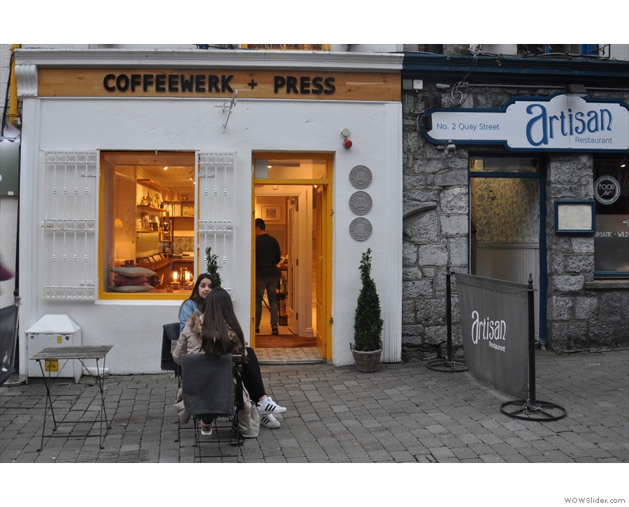 ... you'll find Coffeewerk + Press. A peril of arriving late: the tables are being put away!