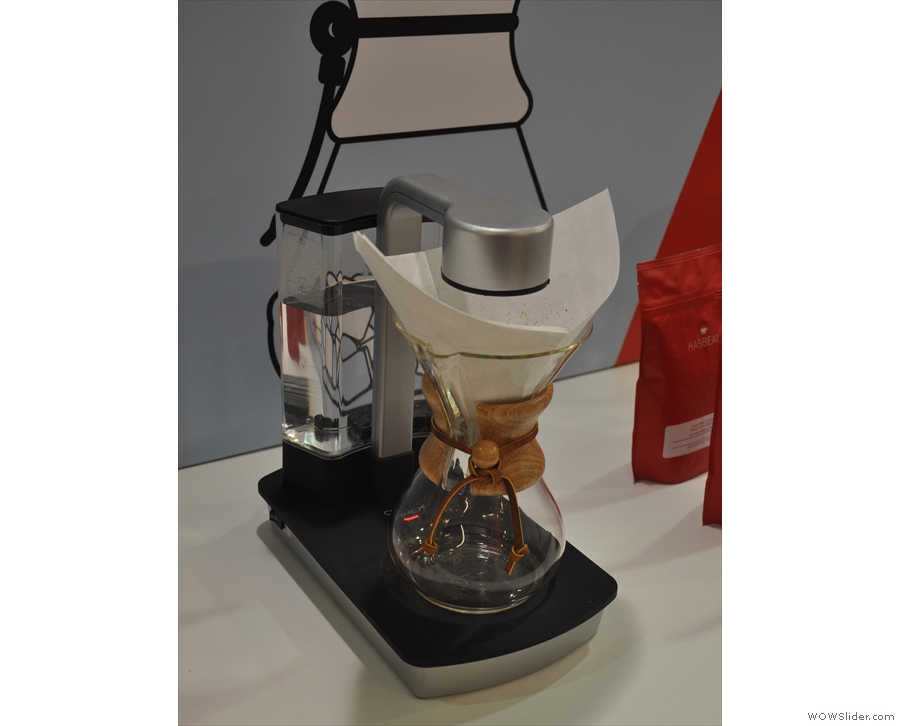 Put the filter in the Chemex, fill the reservoir with water, put the Chemex on the Ottomatic...