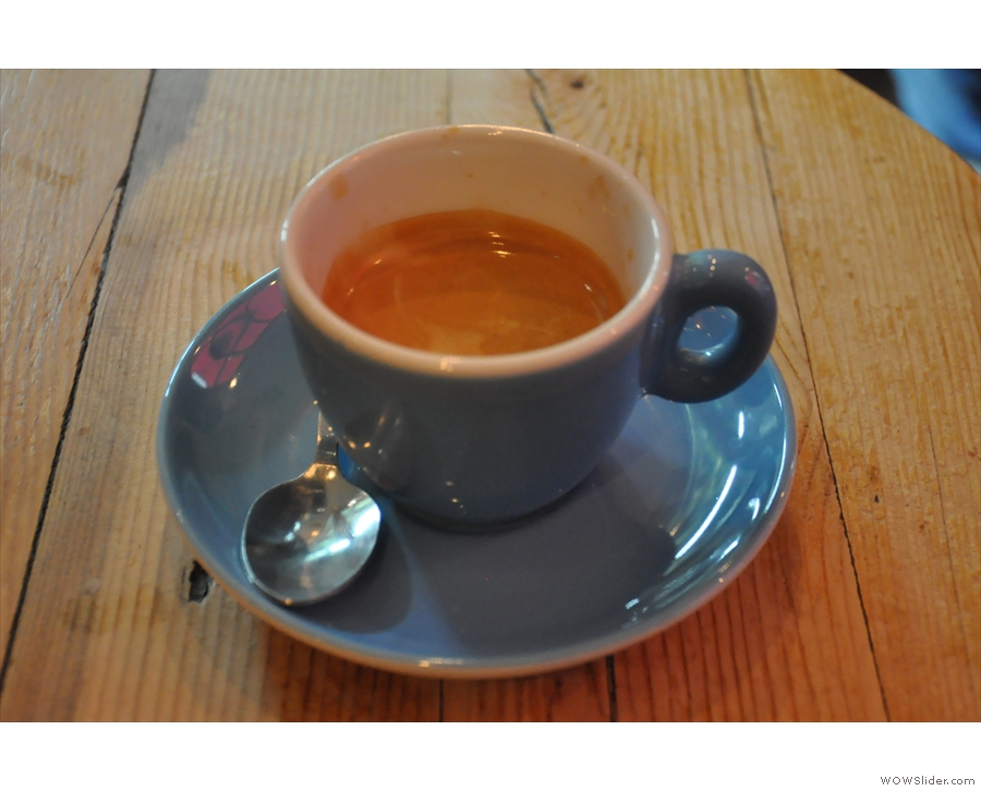 ... which pulled this rather wonderful shot of the medium-roast Terrone blend.