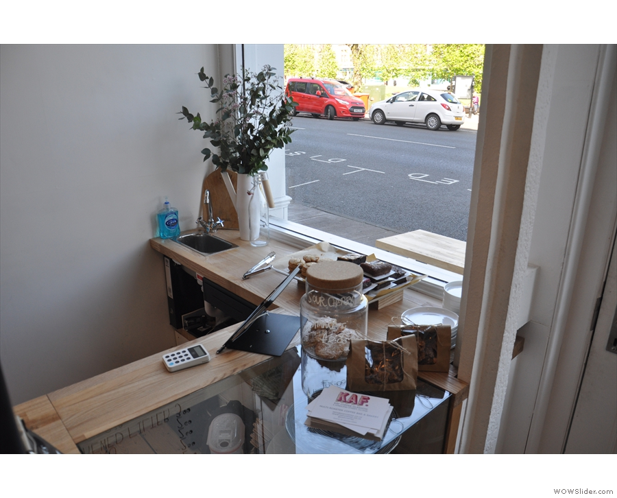 Talking of kitchens, there's a healthy supply of cake in the window...