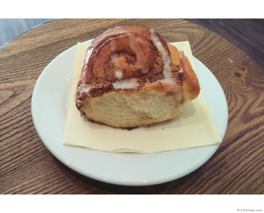 ... which I paired with a rather delicious cinnamon bun to round off my day.