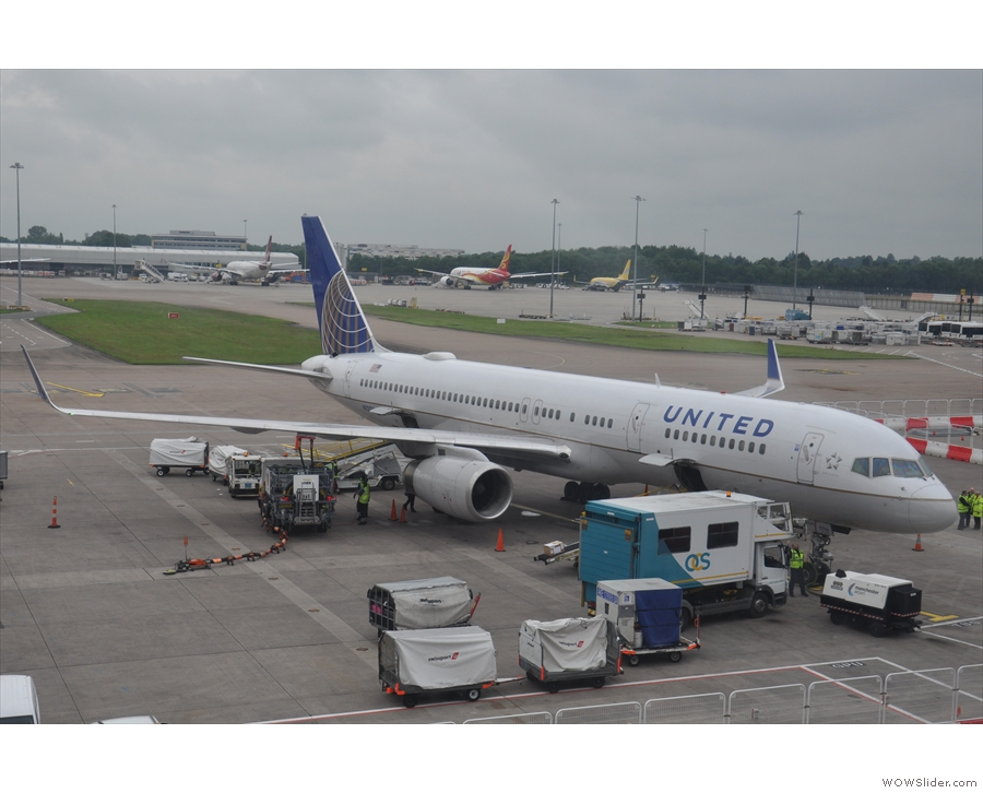 My flight from Manchester to Newark was on board a United Boeing 757. This one, in fact.