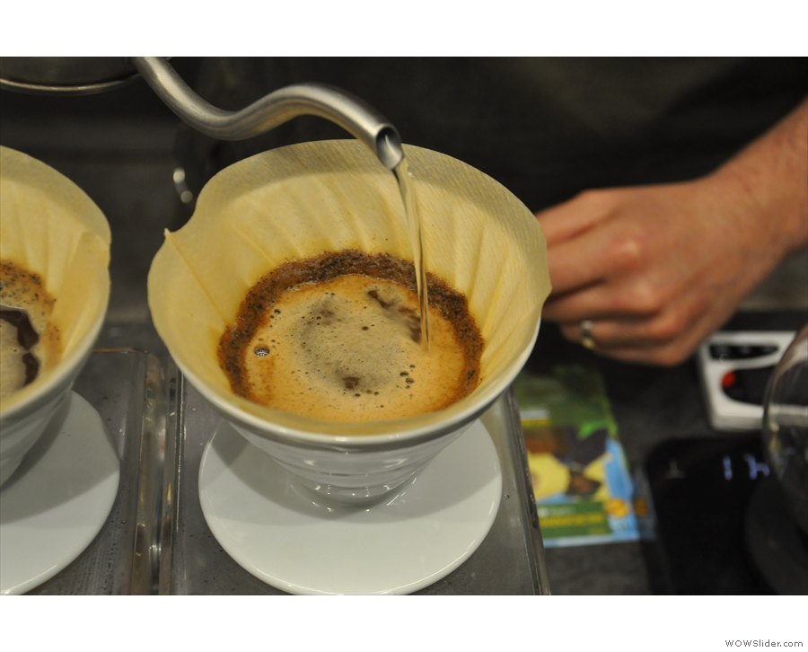 ... and then the V60s are topped up with a second pour, starting with the first.