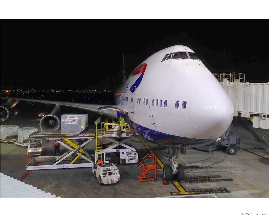 On the way back, I flew business class with British Airways on an old Boeing 747-400.