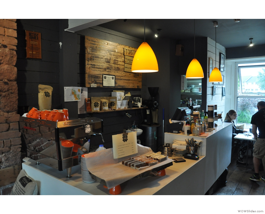 Meanwhile, if you want to drink the coffee, the counter is on the left.