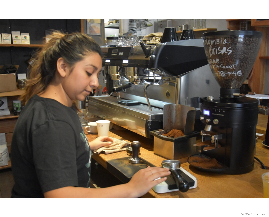 ... and this is Marissa, my barista, pulling one of the last shots of the Colombian