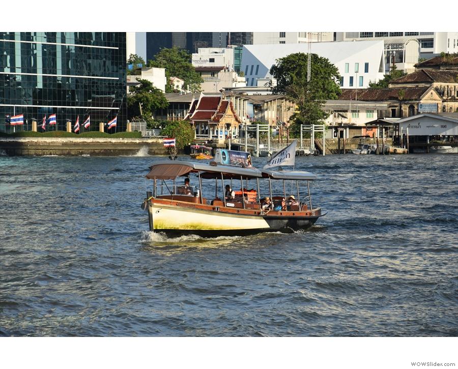 ... where a regular shuttle runs down the river to Saphan Taksin.