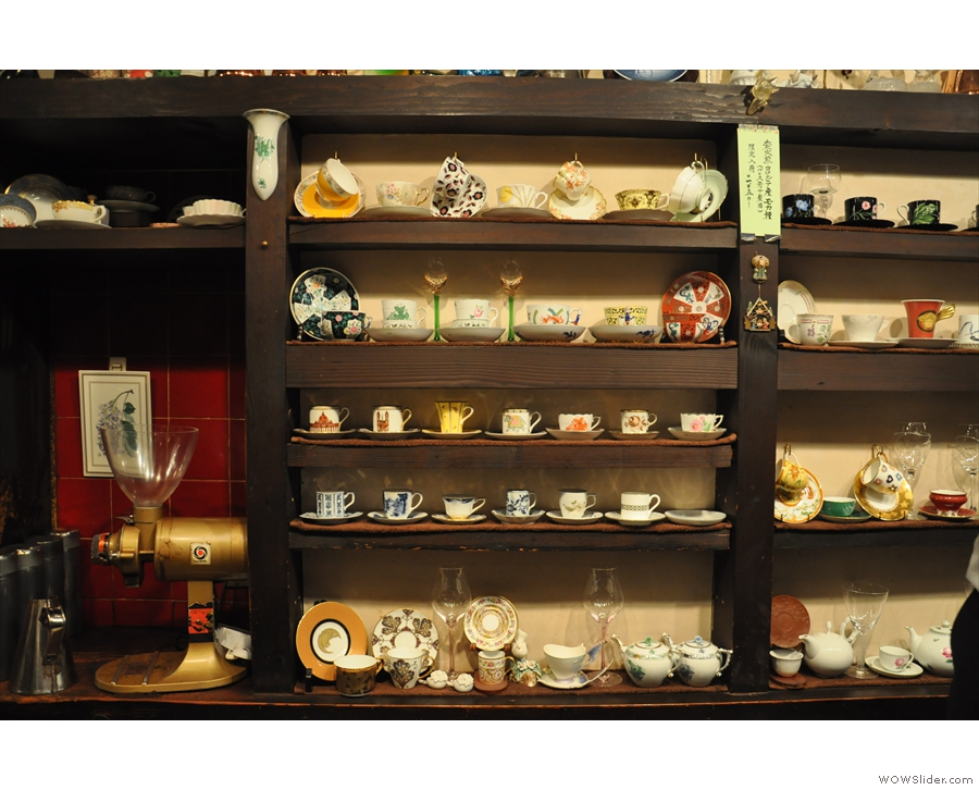 Chatei Hatou has some beautiful cups which are arranged in rows behind the counter.