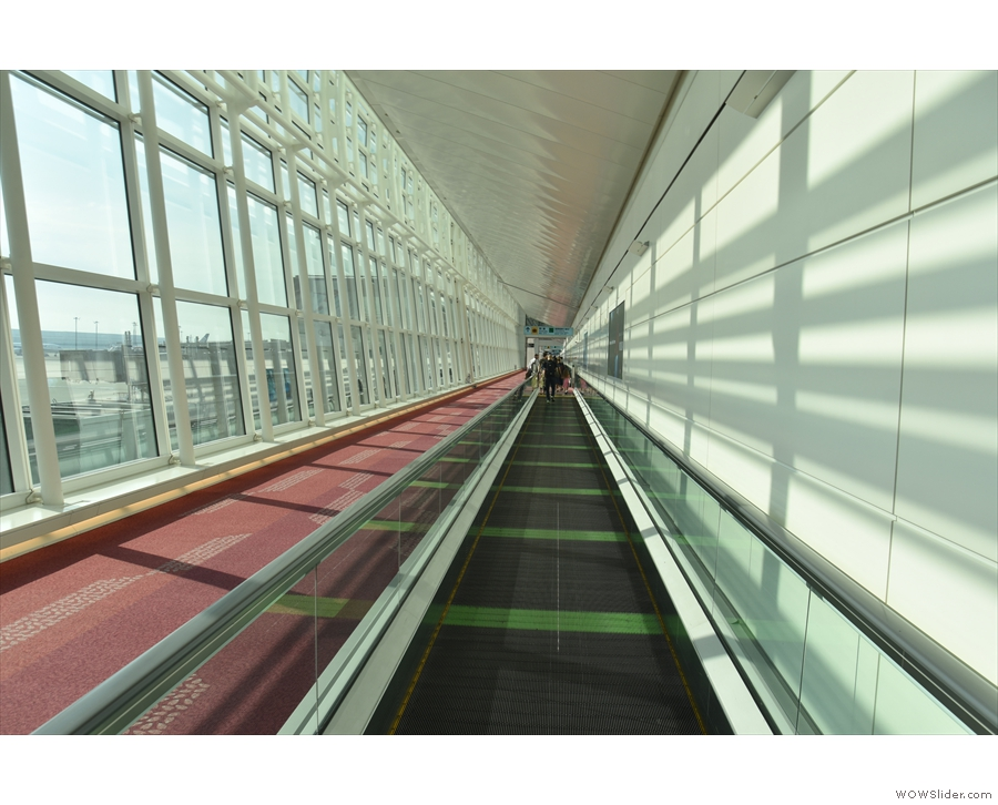 ... and then it's off down the long, spacious corridors of Haneda Airport.