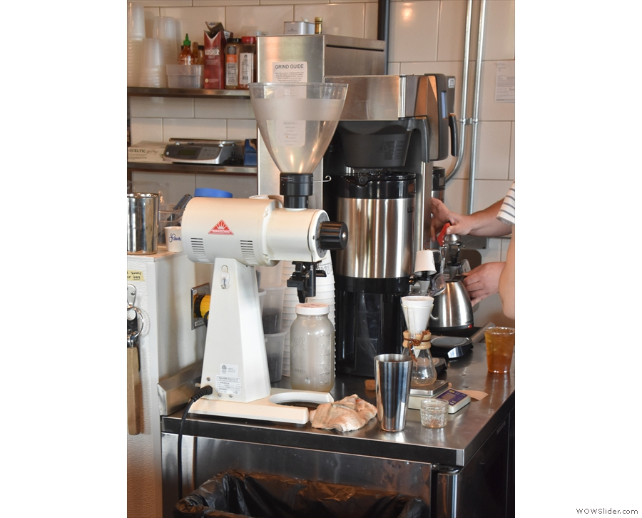 ... which is also where the pour-over is made (called 'pro bar' on the menu).