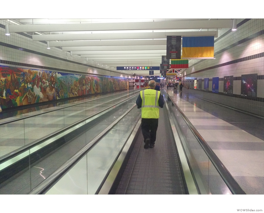 Once I'd gone all the way to the bottom, it was a case of follow the moving walkways.