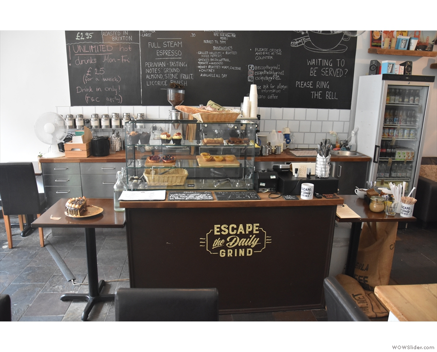 To business. The counter is a multi-piece affair on the left-hand walll...