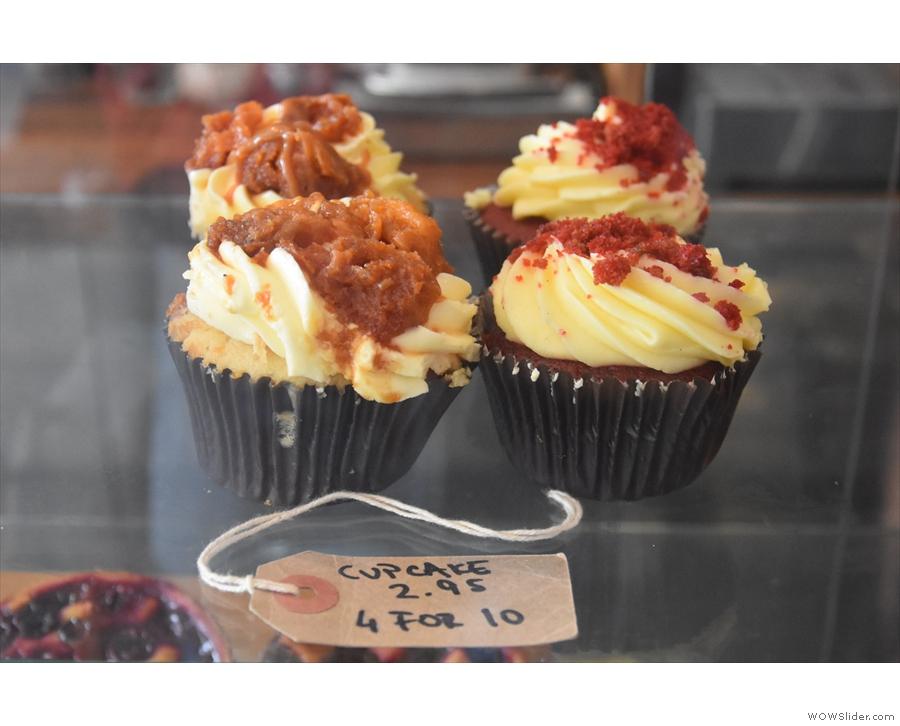 ... cupcakes...