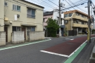 A quiet, residential street in Meguro. Not where you'd expect to find a third-wave roaster.