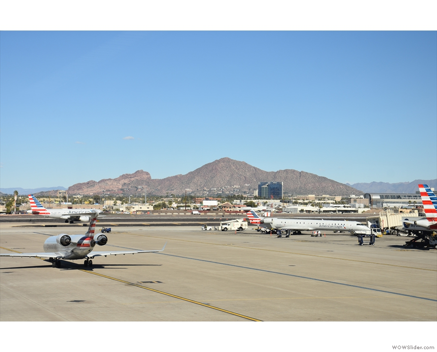 ... of the mountains north of the airport (something I love about Sky Harbor).