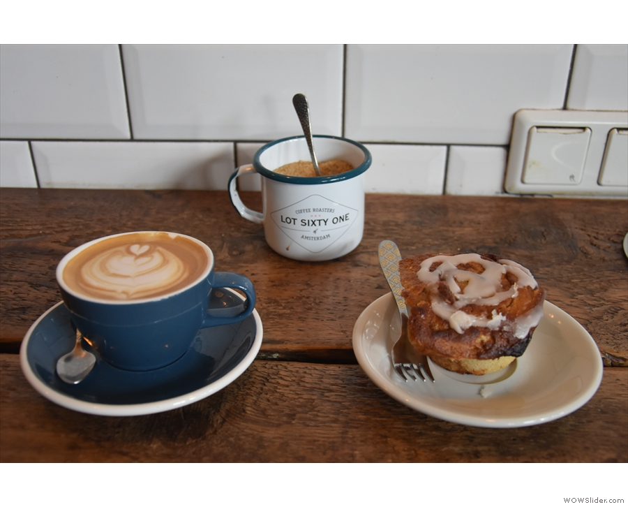 This was mine. A flat white and a cinnamon roll.