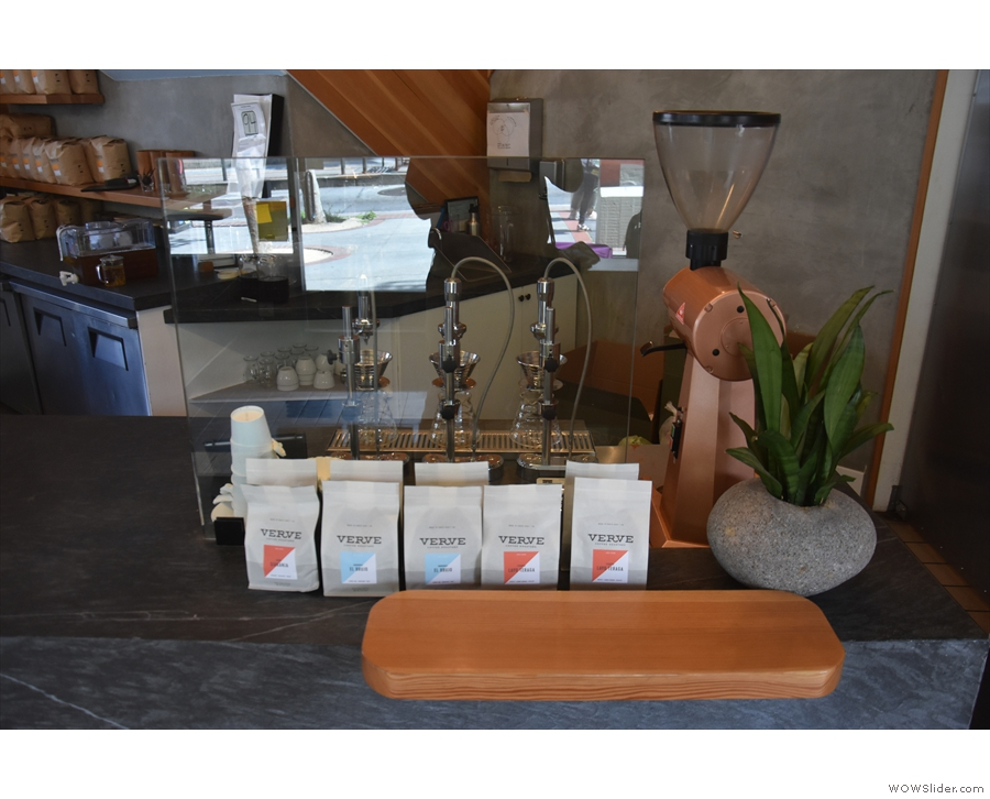 Finally there are three Modbar pour-over modules, the choices of bean laid out in front.