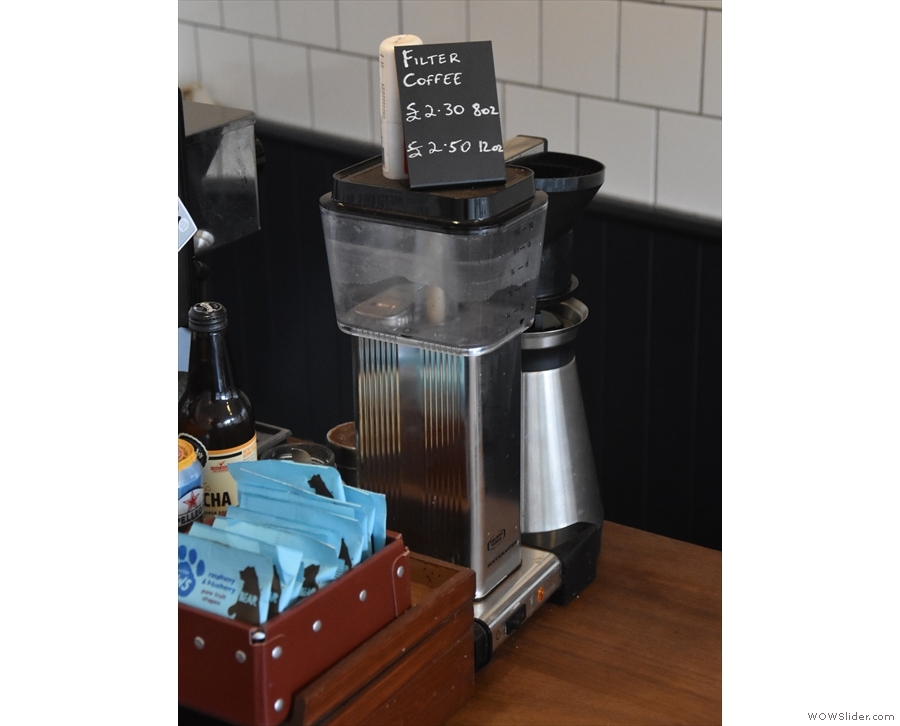 However, I was looking for this: the Moccamaster batch-brewer by the till.