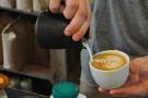 Latte art: the finishing touches (4/5)