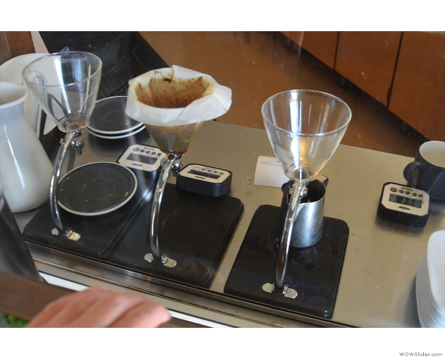... while to the left of the till is the pour-over section, which use Silverton Drippers.