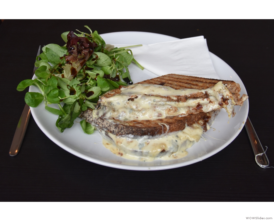 I had the French Connection, with creamy Fourme d'Ambert blue cheese and fig jam.