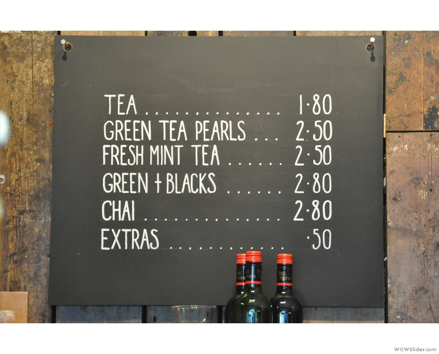 A similarly concise tea and hot chocolate menu.