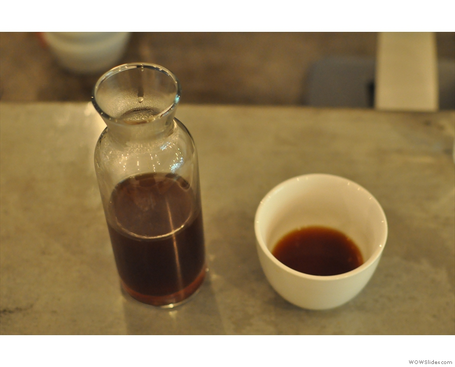I know this looks the same, but it's actually an Aeropress filter I had on my previous visit.