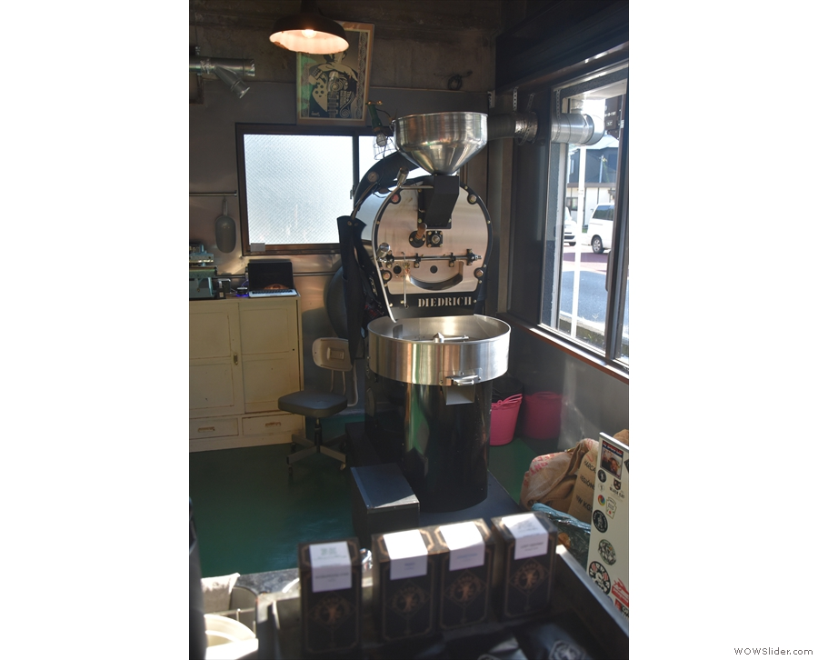 ... which is also where you'll find the Diedrich coffee roaster, perched in the window.