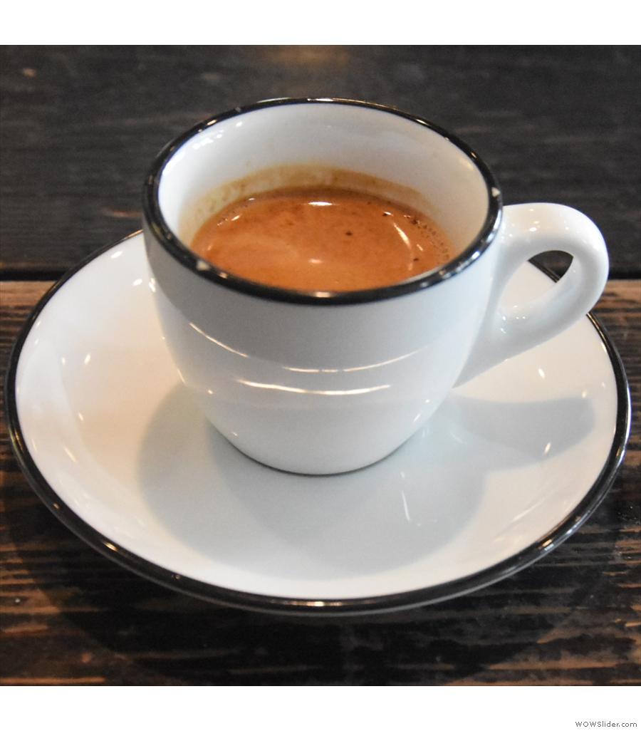 Gaslight Coffee Roasters: exposed brick, wooden floorboards and old wooden beams.