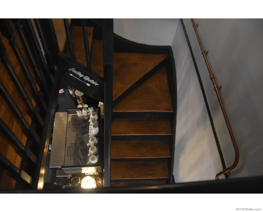 Talking of which, I love the fact that you can see the espresso machine from the stairs.