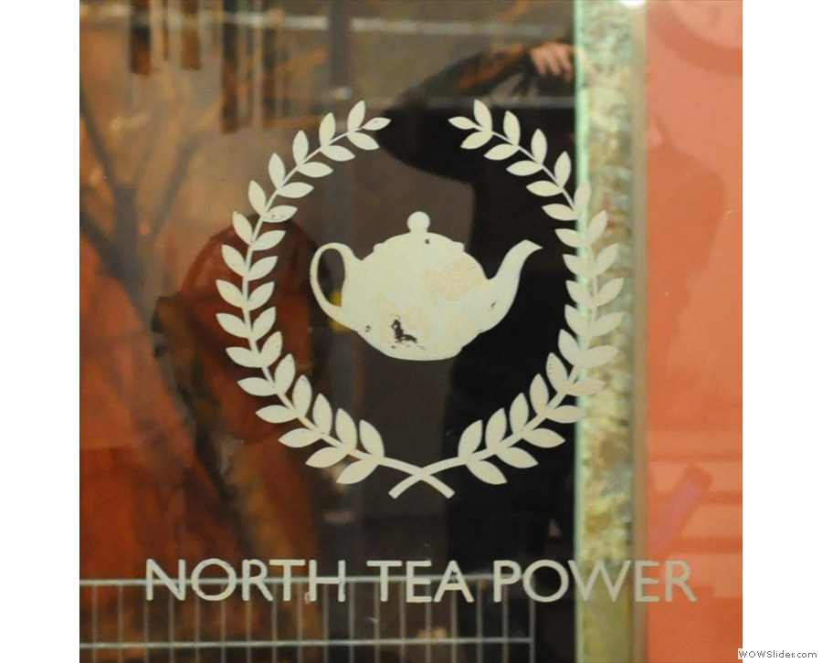 North Tea Power: the first time I've seen the staff dancing behind the counter!