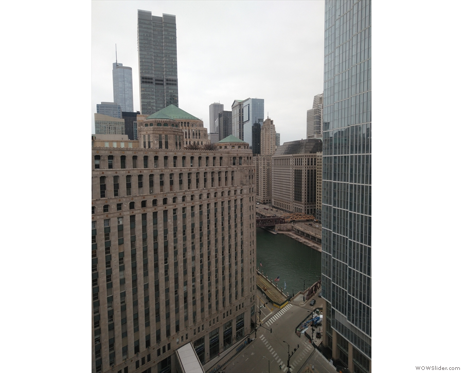 Monday morning. Time to say goodbye to the hotel. My last look at The Loop and the...