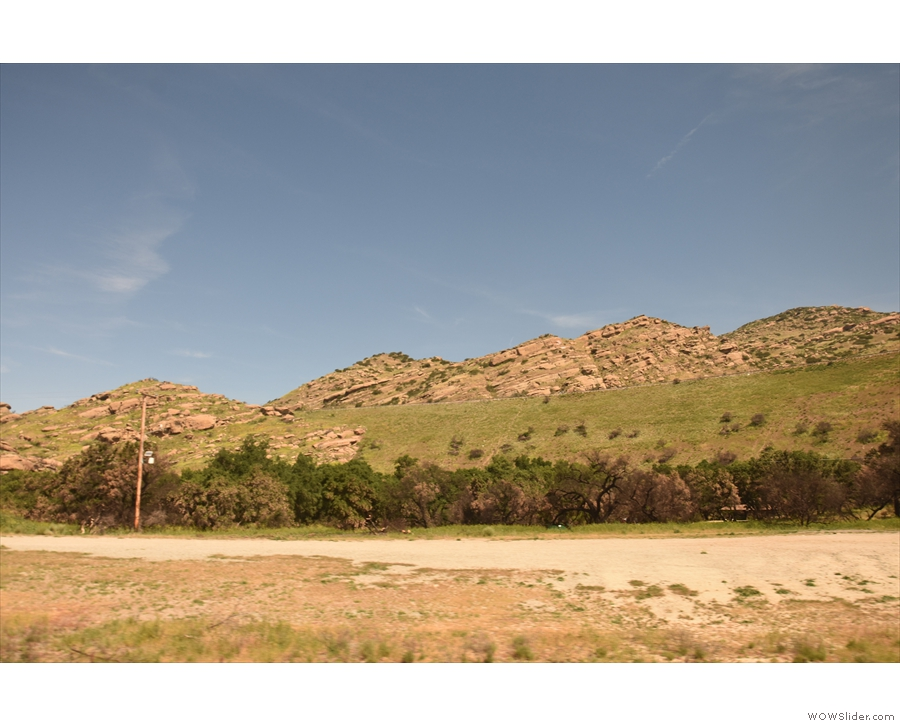 After three tunnels, we emerge at the eastern end of Simi Valley, still in the mountains.