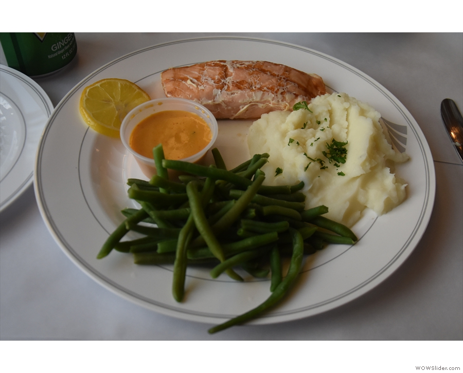 Dinner was served shortly thereafter: Norwegian Salmon, mashed potatoes and beans...