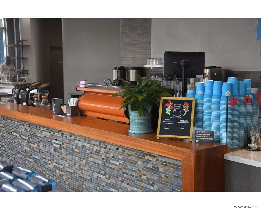 ... then the till, beyond which is the coffee-making part of the operation.