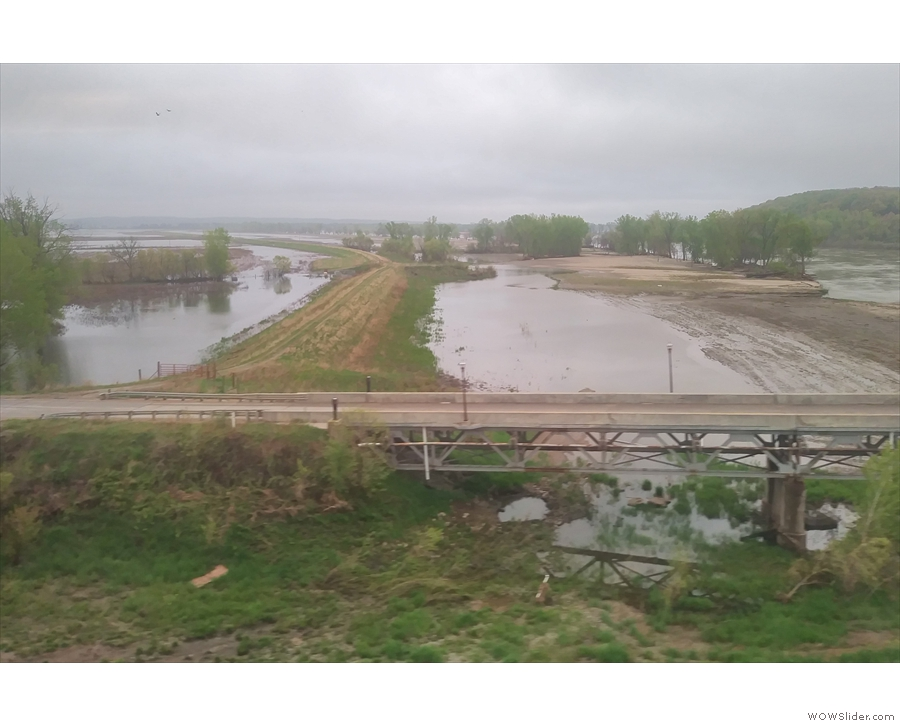 We continue across the flooded fields east of the Missouri.