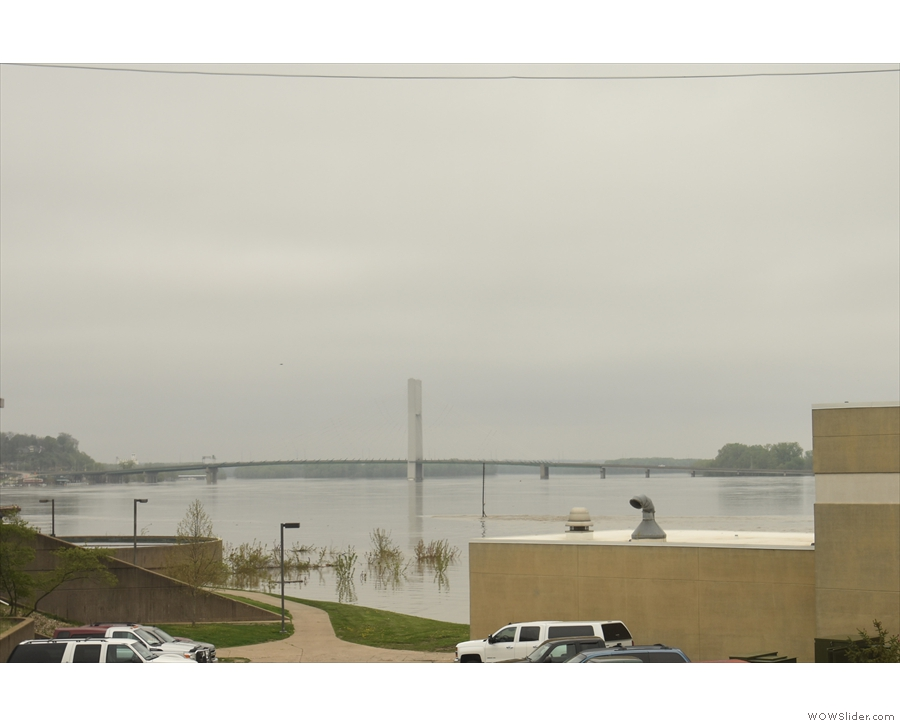Looking up the river, that's the Great River Bridge, taking US-34 across the Mississippi.