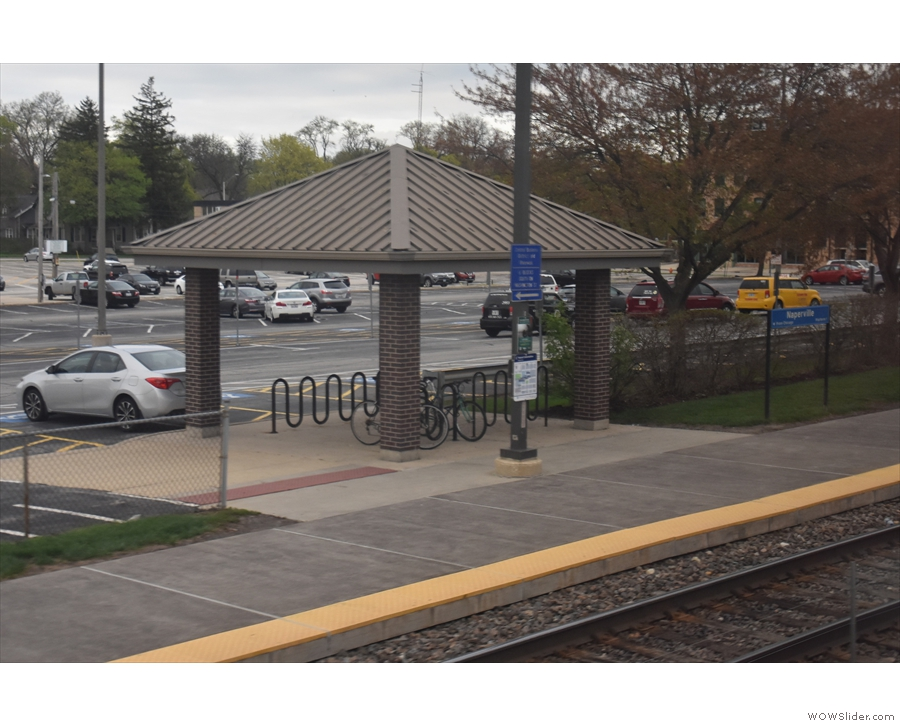 This is Naperville, our final stop before Chicago. It's also a Metra station and here comes...