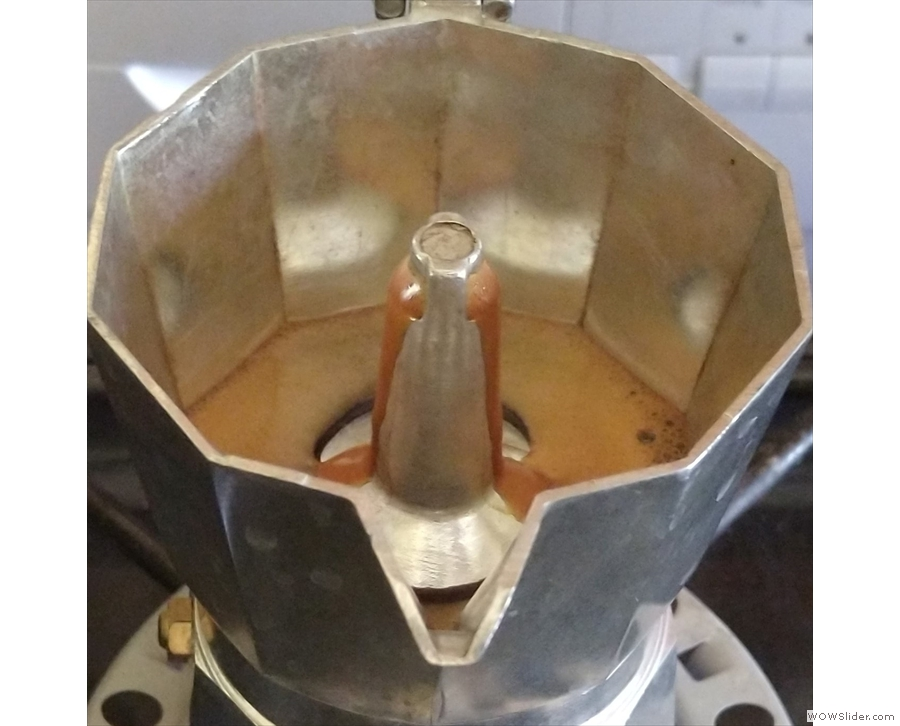Things happen very quickly now: you maybe have 30 seconds as the coffee slowly...
