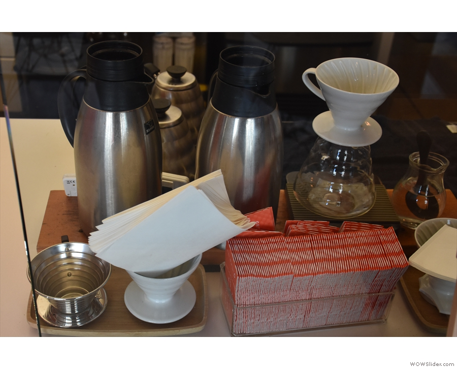 Next comes the filter section, with pour-over and batch-brew flasks...