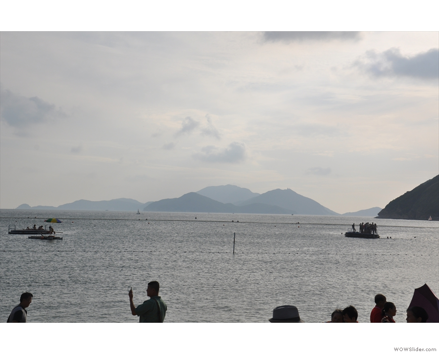 There are islands further out, culminating in Lamma Island.