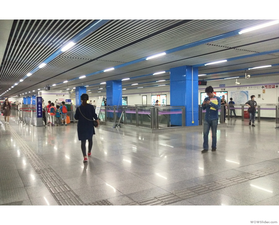 The broad, open spaces of a Shanghai metro station (not the one at the airport).