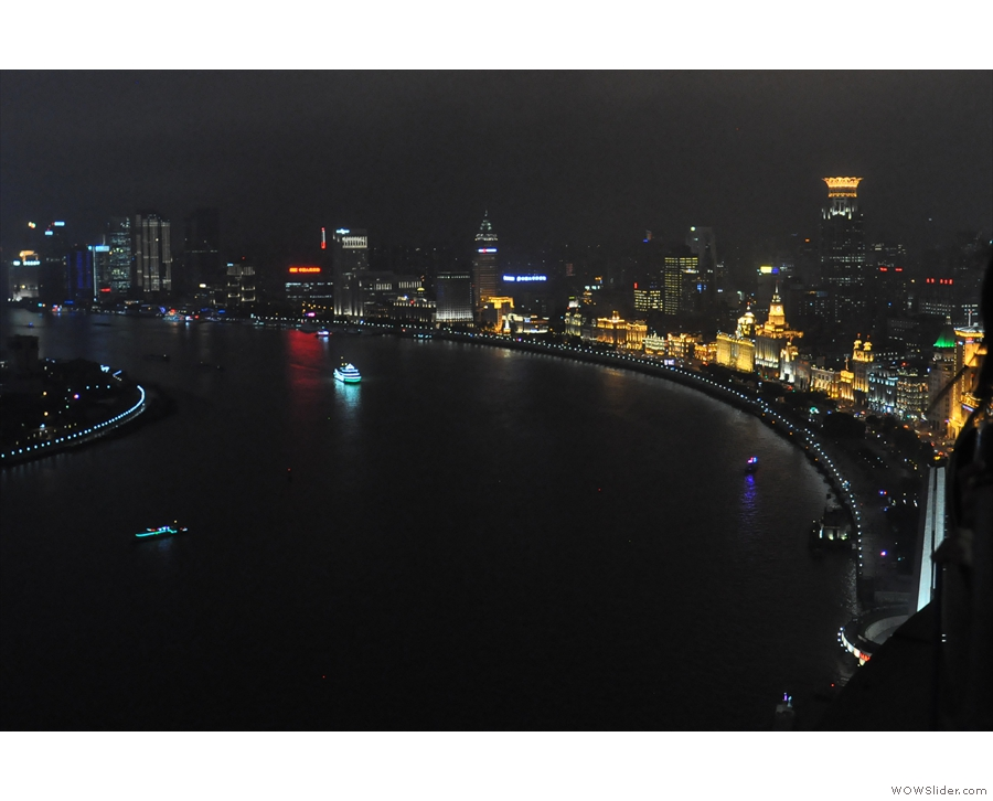 It's not just the skyscrapers: the sweep of the Bund on the west bank looks great too!