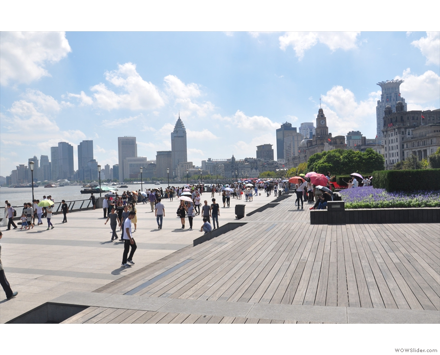 Back on the Bund, there's a wide riverside walk which runs about 1 kilometre to the south...