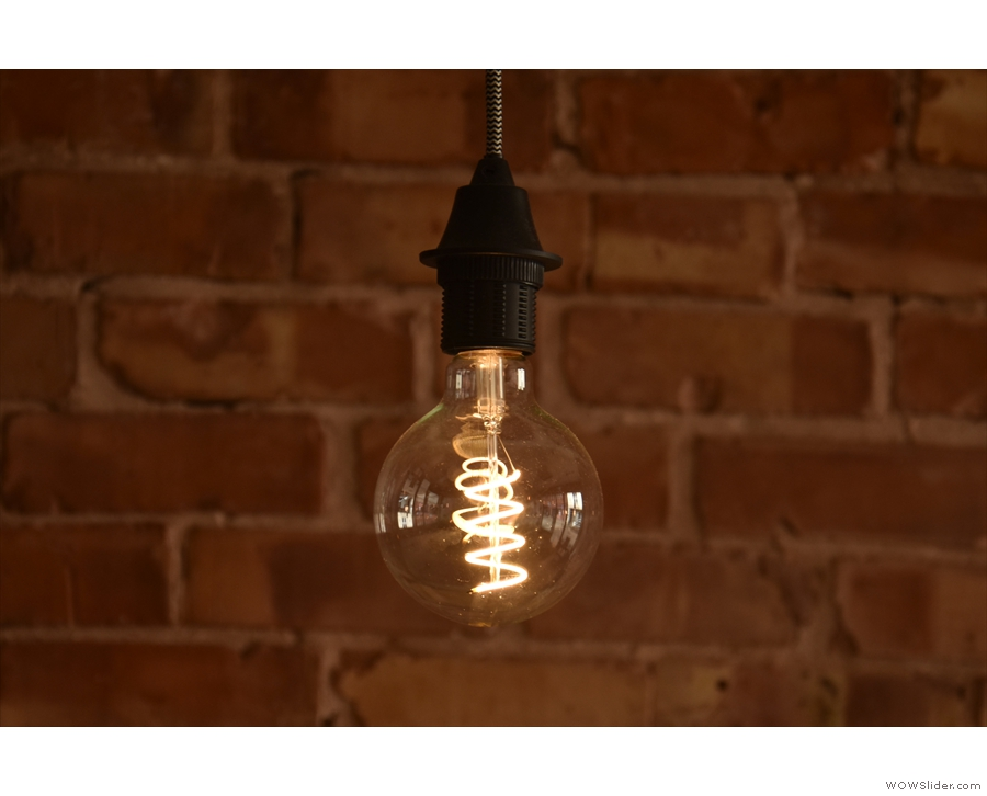 ... while here's the obligatory light bulb shot (there are many more in my original post!).